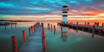 Finch Love - Lighthouse At Lake Neusiedl, Austria