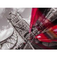 Assaf Frank - England, London, Double-Decker bus on tower bridge