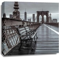 Assaf Frank - Empty bench on the pedestrian walkway of the Brooklyn Bridge, New York