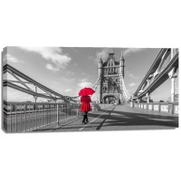 Assaf Frank - Tourist with red umbrella on Tower Bridge, London, UK