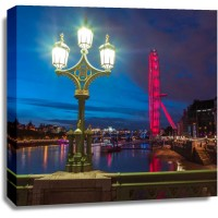 Assaf Frank - Street lamp with London Eye, London, UK