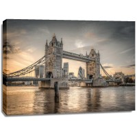 Assaf Frank - Famous Tower Bridge over River Thames, London, UK, FTBR-1827