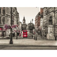 Assaf Frank - Streets of London city with double decker bus, UK